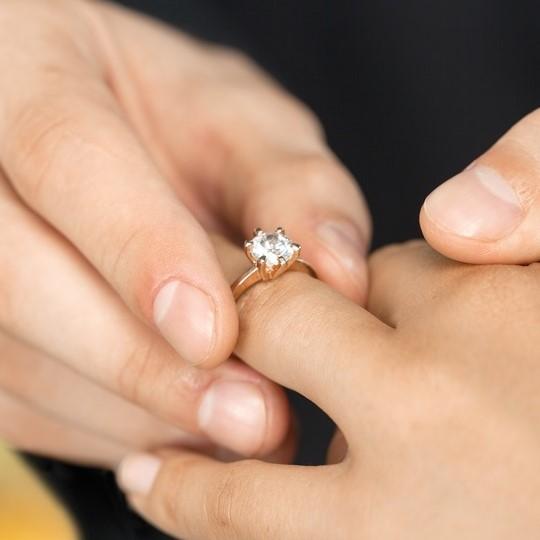 Tökéletes eljegyzési gyűrű?